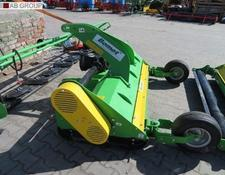 Bomet Schlegelmäher 2,0m/flail mower with roller and knives/Косилка