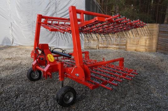 Jar-Met Brona chwastownik 4,8 m (4×1,2 m); Weeder harrow Grapa cu gheare