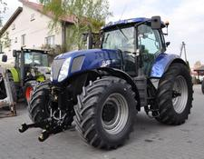 New Holland T7030 BluePower