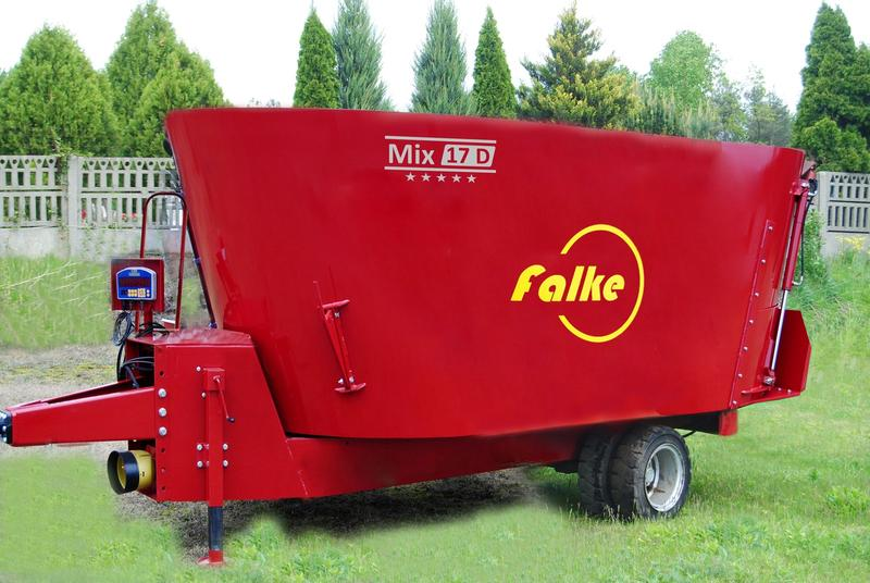 FALKE Double-Auger Mixing Wagons FOR LOW BARNS Mix 17D