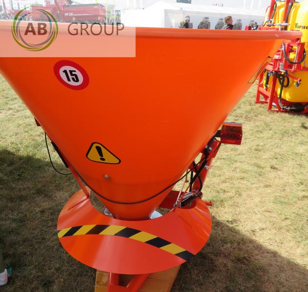 Grass-Roll Sand and salt spreader/Sand-Salzstreuer 400l