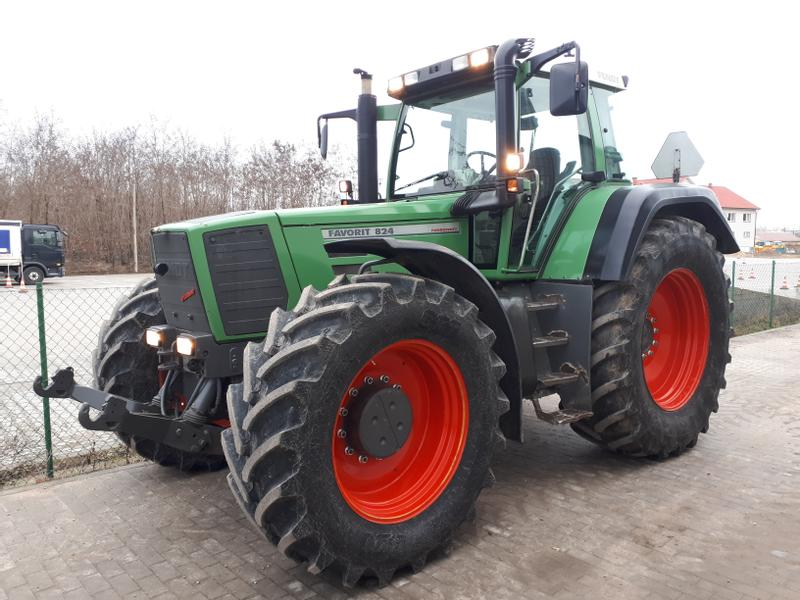 Fendt 824 Favorit (818, 822)