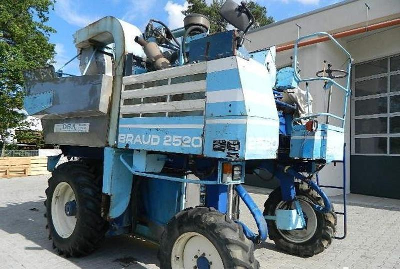 New Holland Braud 2520/2614