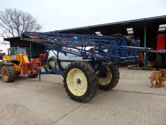 KNIGHT PROFARMA 24 METRE TRAILED CROP SPRAYER