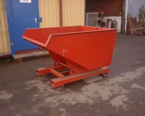 inne 1 ton tipping skip, 4 way fork lift entry.