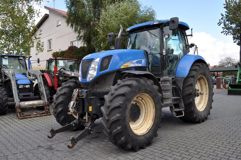 New Holland T7040 PC **Nettopreis**